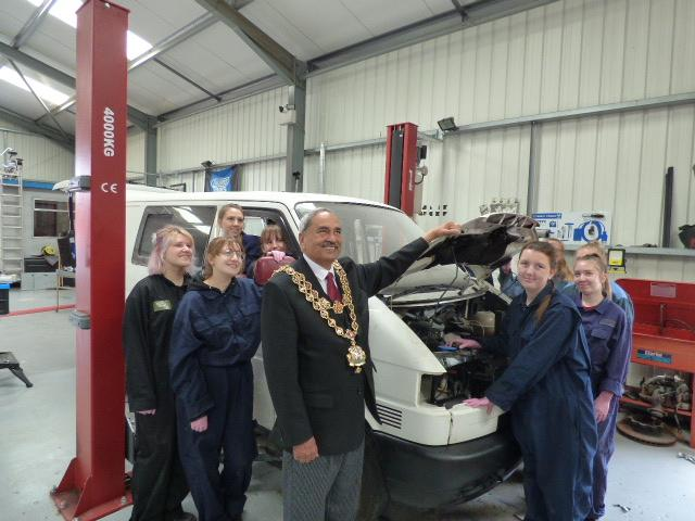 lord mayor visits mechanix
